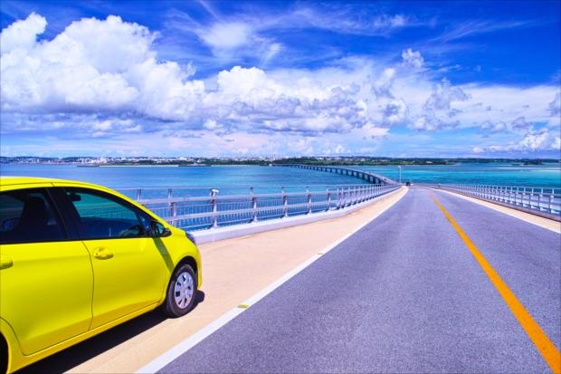 沖縄観光するならレンタカーが便利!