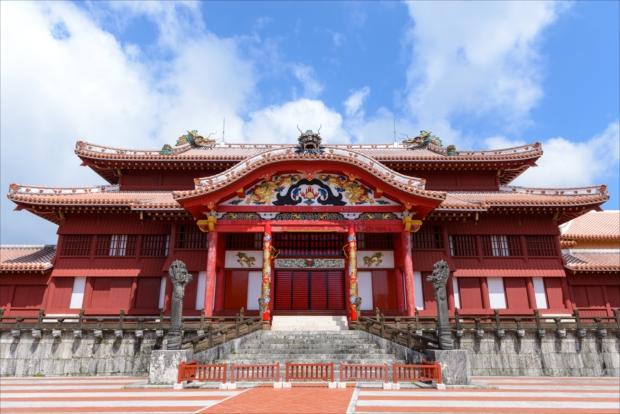 沖縄のシンボル「首里城」