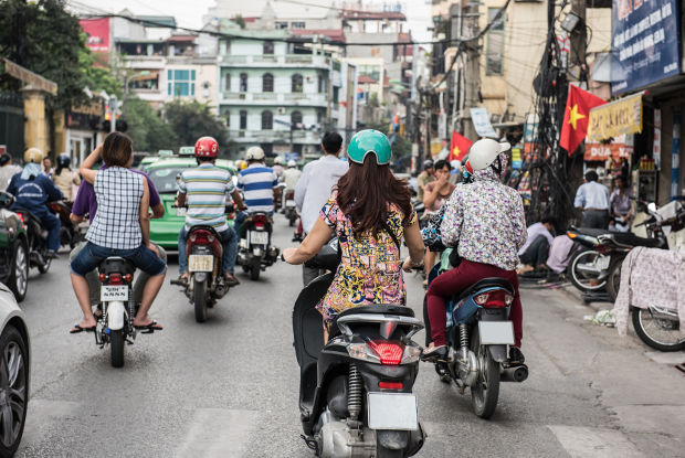ベトナム・ハノイで観光なら!陶磁器の村「バッチャン村」と世界遺産ハロン湾
