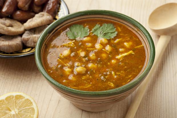 モロッコ、伝統のスープ、ハリラ