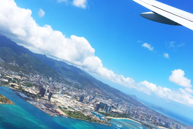 帰りの飛行機から見えるハワイ