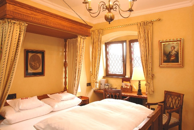 ブルクホテル アウフ シェーンブルク客室