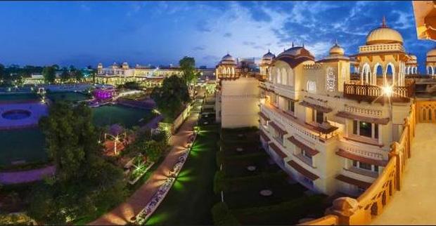 Jai Mahal Palace(ジャイマハル パレス)外観