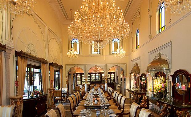 Raj Palace (ラージ パレス)