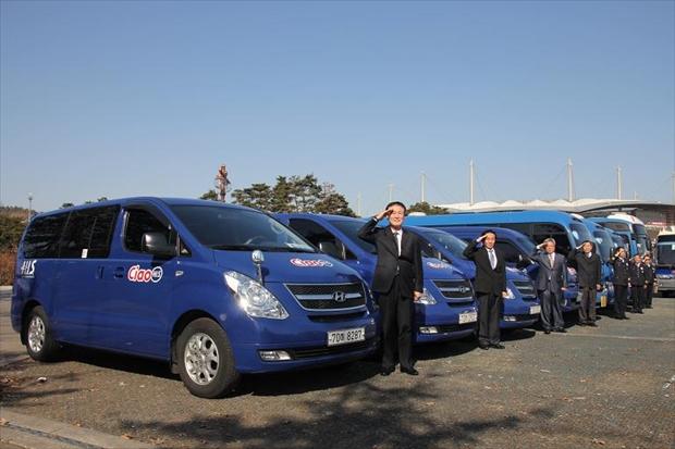 ソウル韓国オプショナルツアーの日本語ガイドさんと車のチャーター