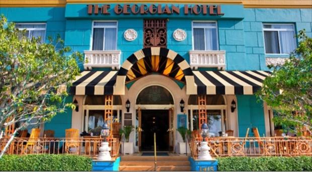 カリフォルニアらしい、明るいデザインのジョージアンホテル