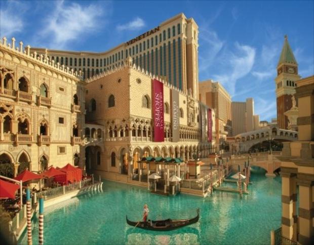 ベネチアン リゾート カジノでは、運が良ければ船頭による歌声が聞けることも