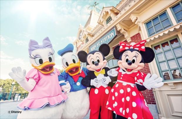 香港旅行でミッキーやミニーたちに会いに行こう