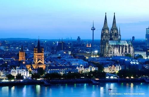 冬だと5時過ぎには夕闇が訪れるドイツ