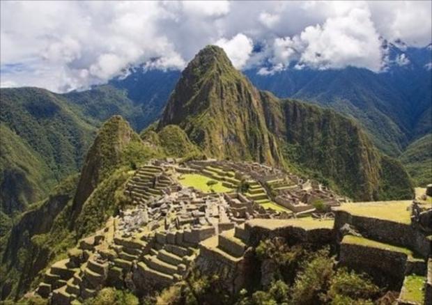 世界中から観光客が訪れる、ペルーの世界遺産マチュピチュ