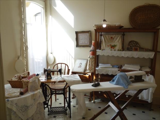 内部は当時の部屋をそのまま残してあり、住んでいた人の暮らしが伺えます。素敵!(写真提供/タケムラユウカ)