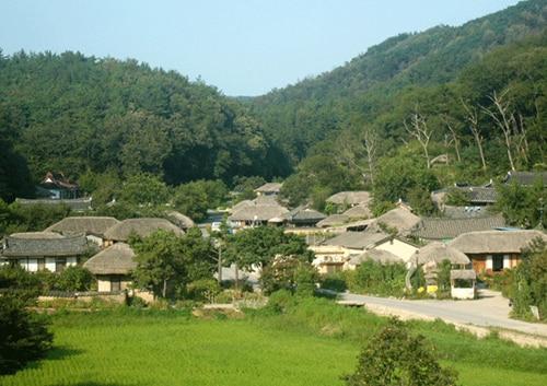 韓国の原風景がそのまま残されている世界遺産の街、慶州