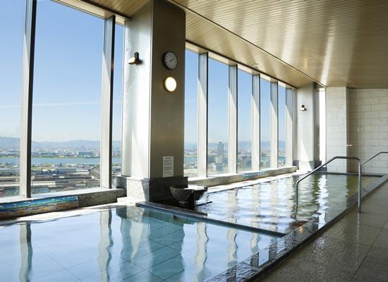 31階 展望風呂「スパーク」