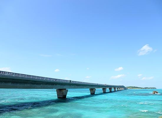 東洋一美しいともいわれる砂浜(イメージ)