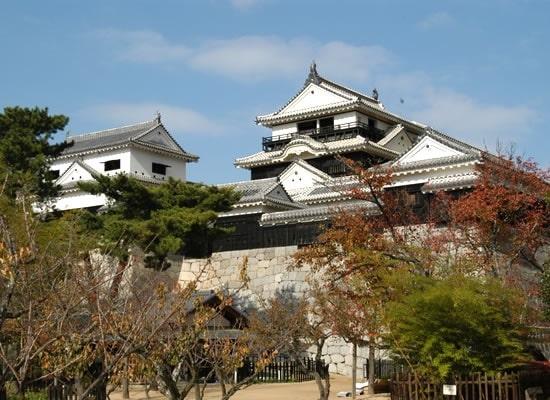 松山城(イメージ)