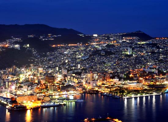 世界新三大夜景のひとつ長崎・稲佐山の夜景