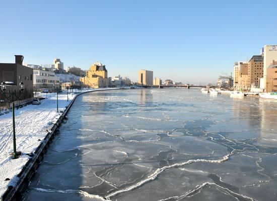 釧路・蓮の葉氷 冬(イメージ)