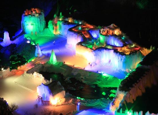 層雲峡氷瀑まつり(イメージ)