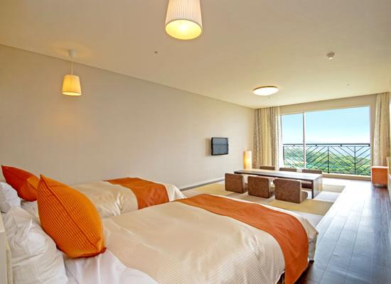 リゾートホテルオリビアン小豆島(夕日側客室)