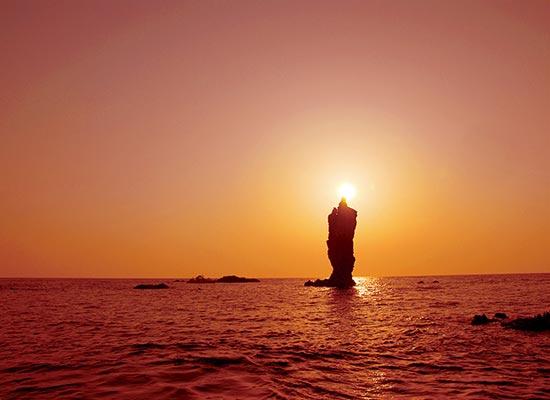 隠岐の島_ローソク島(イメージ)