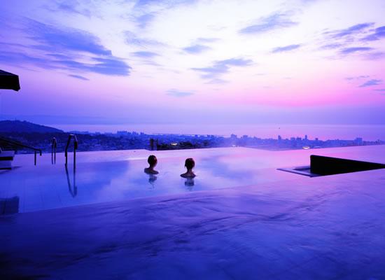 杉乃井ホテル 絶景の露天風呂「棚湯」