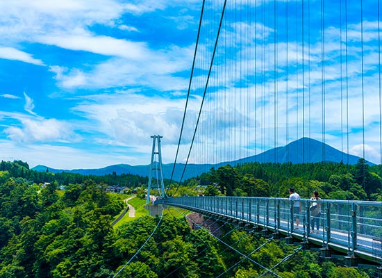 日本一高い散歩道「九重夢大吊橋」(イメージ)