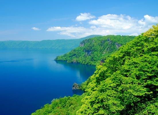 十和田湖(イメージ)