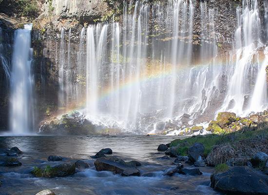 白糸の滝(イメージ)