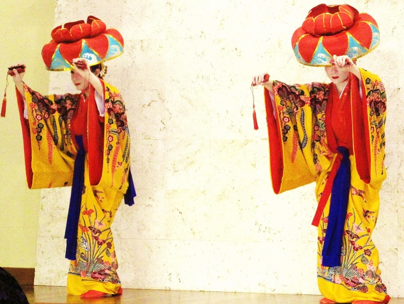 """【うらしま 琉球料理&琉球舞踊ディナー付】<br/>お支払い額 大人<span class=""""red bold"""">¥2,525</span><br/>地域共通クーポン付"""